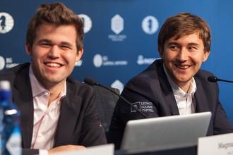 Магнус Карлсен (слева) и Сергей Карякин своими игрой и поведением немало поспособствовали коммерческому успеху матча за шахматную корону