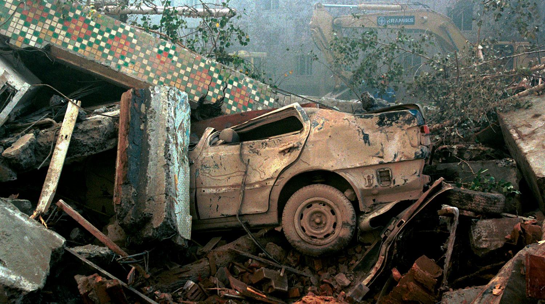На месте трагедии, 9 сентября 1999 года