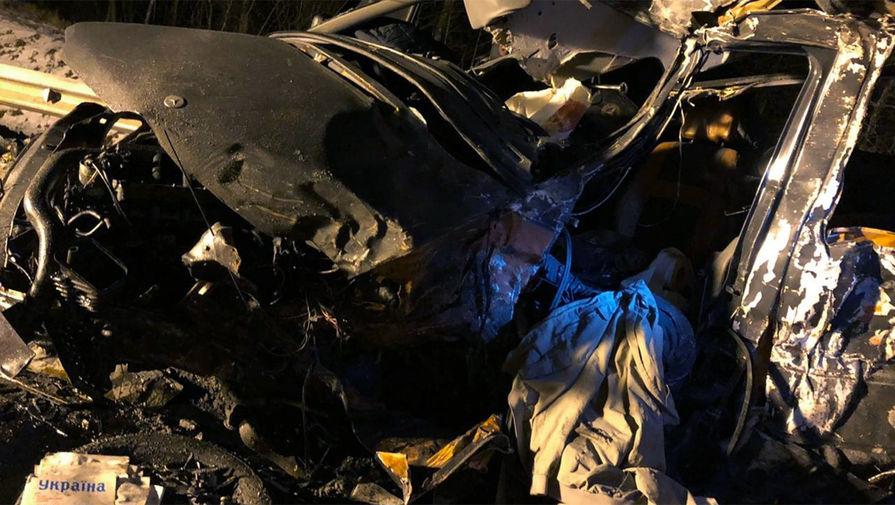 Под Псковом при ДТП погибли восемь человек