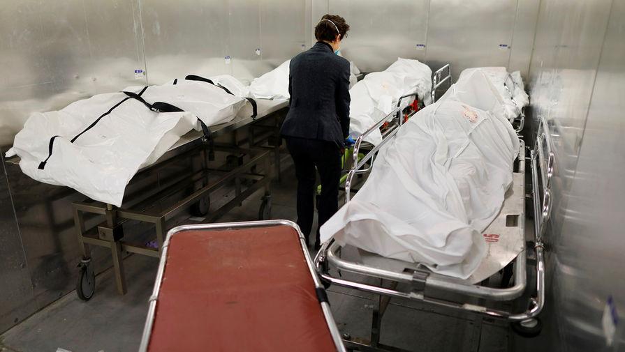 В России за сутки умерло рекордное с начала года число пациентов с COVID-19