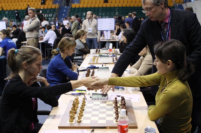 Российские шахматистки в шаге от чемпионства