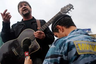 «Белый альбом», записанный в поддержку оппозиции, прозвучит на митинге 12 июня