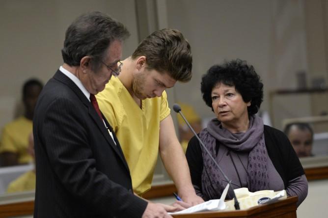 Голкиперу «Колорадо Эвеланш» Семену Варламову предъявлены официальные обвинения в насилии. Россиянину грозит до двух лет лишения свободы.