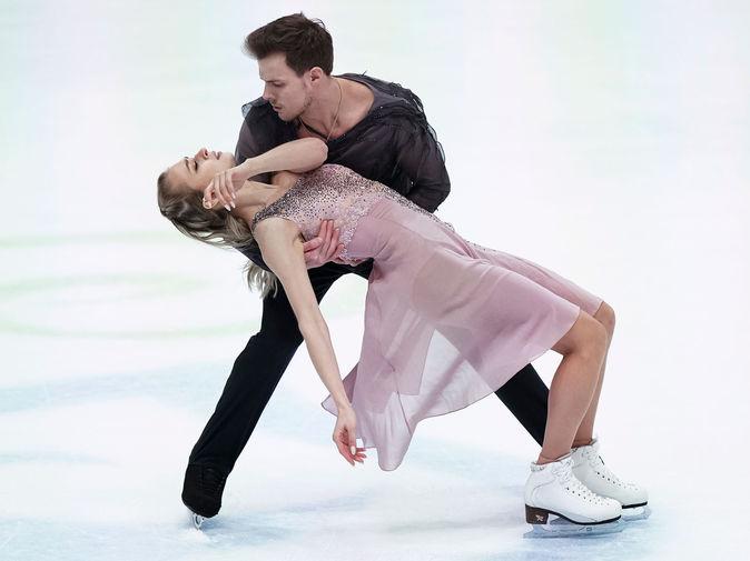 Виктория Синицина и Никита Кацалапов в произвольной программе в танцах на льду на чемпионате Европы по фигурному катанию в австрийском Граце