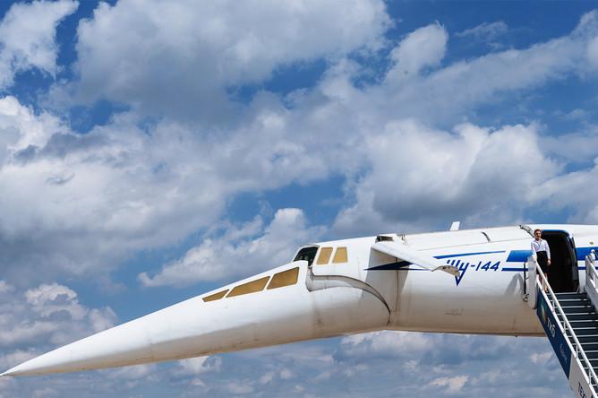 Первый день работы авиасалона МАКС-2017 в подмосковном Жуковском, 18 июля 2017 года. Советский сверхзвуковой пассажирский самолет Ту-144