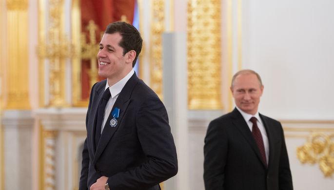 Игроки сборной России Евгений Малкин (слева) и Александр Овечкин