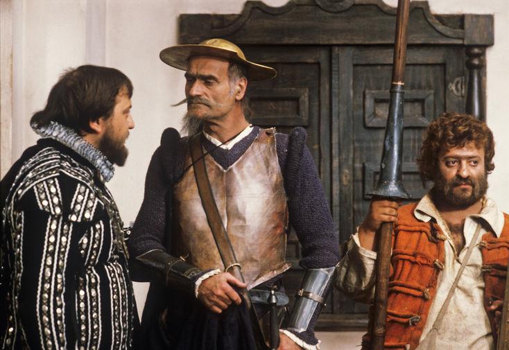 Кахи Кавсадзе в роли Дон Кихота и Мамука Кикалейшвили в роли Санчо Панса на съемках фильма «Житие Дон Кихота и Санчо», 1985 год