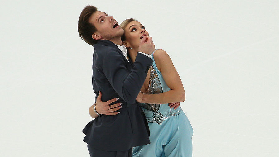 Виктория Синицина и Никита Кацалапов во время исполнения ритмического танца на V этапе Гран-при по фигурному катанию в Москве