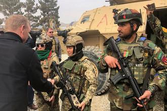Патрик М. Шанахан во время визита в Афганистан, 11 февраля 2019 года