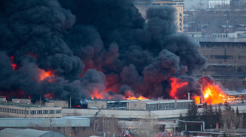Названа возможная причина пожара на заводе Роскосмоса