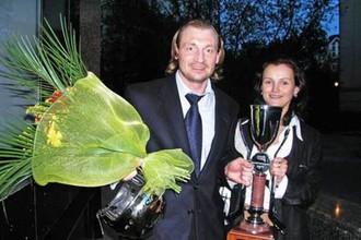 Экс-вратарь сборной России и СКА Максим Соколов и его жена Ирина