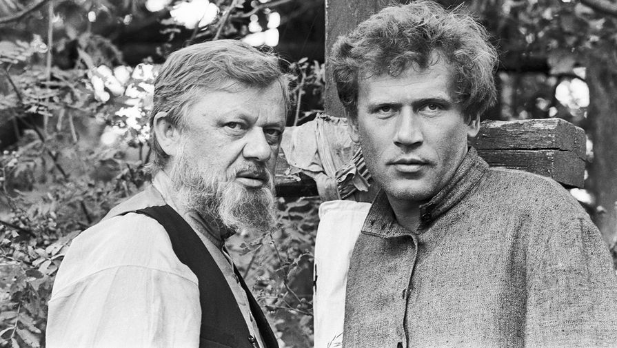 Юрий Горобец и Борис Невзоров на съемках фильма «Люди на болоте», 1983 год