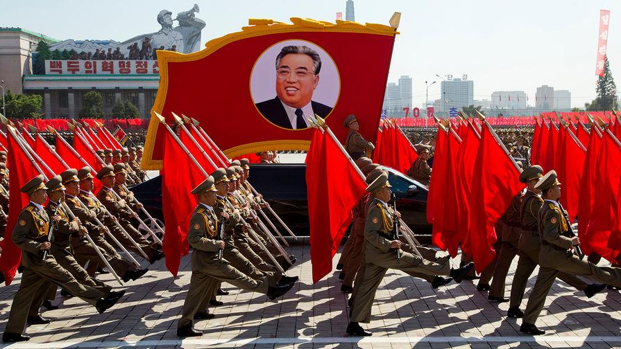 Пхеньян. Во время военного парада к 70-летию КНДР, сентября 2018 года