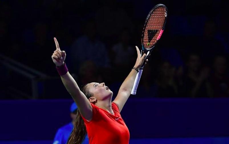 Касаткина сражается с Павлюченковой за полуфинал. LIVE