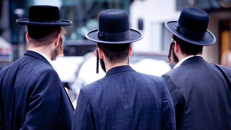 Меркель пришлось объяснить рекомендацию евреям не носить кипу