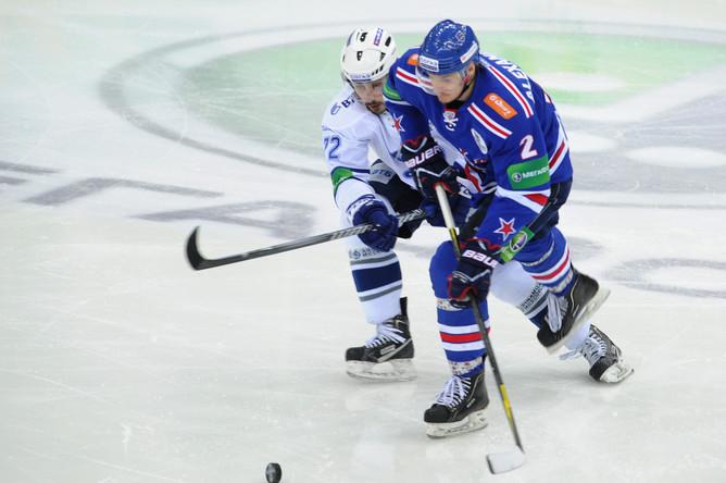 Игра между СКА и московским «Динамо» изобиловала единоборствами