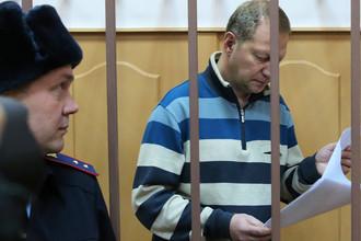 Глава Экспертно-криминалистического центра МВД Петр Гришин, обвиняемый в хищении в особо крупном размере, во время рассмотрения ходатайства следствия о его аресте в Басманном суде Москвы, 7 декабря 2017 года