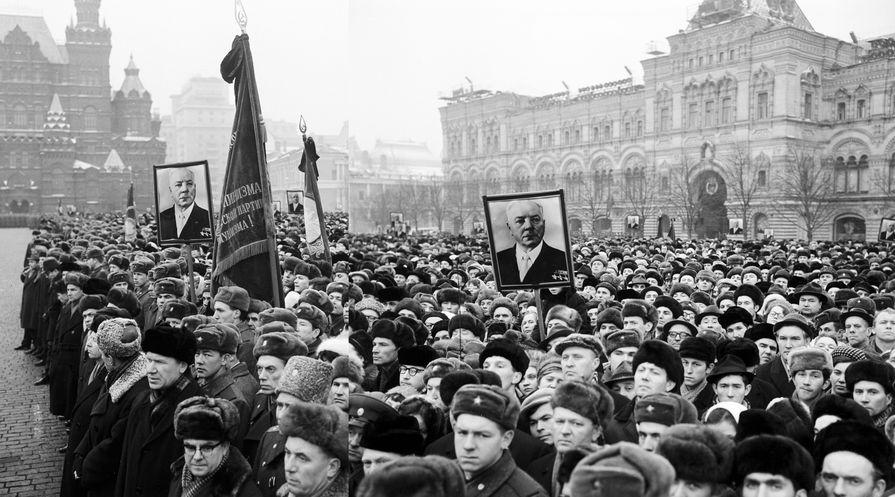 Траурный митинг памяти маршала Советского Союза Климента Ворошилова, 1969 год