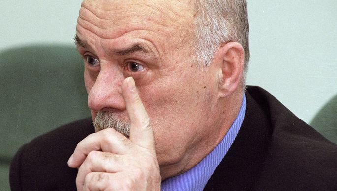 Кандидат на должность президента России на выборах 2000 года кинорежиссер Станислав Говорухин