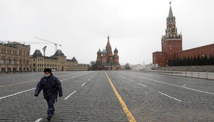 Между родственниками: как распространяется коронавирус в России
