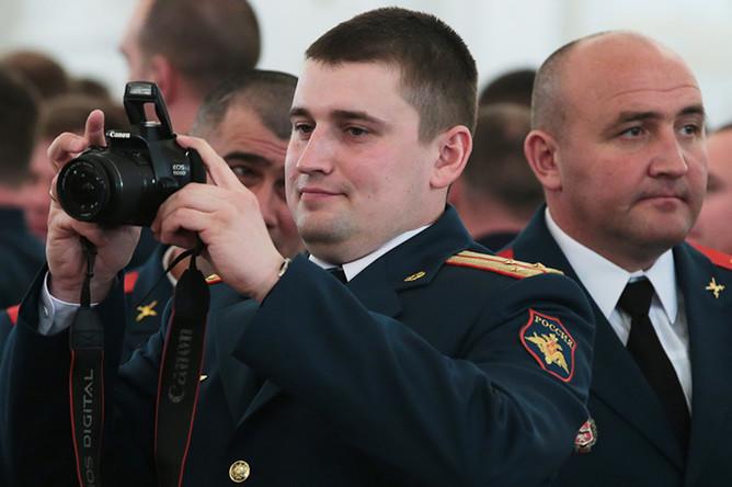 Военнослужащие в Кремле на церемонии вручения государственных наград военным и специалистам военно-промышленного комплекса, отличившимся в ходе выполнения специальных задач в Сирии