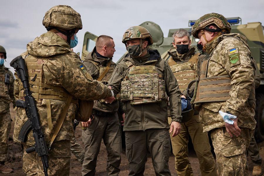 Советник главы офиса Зеленского рассказал, РїСЂРёРєР°РєРѕРј условии Киев может атаковать Донбасс
