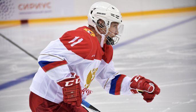 Автор септа-трика, нападающий «Легенд хоккея» Владимир Путин