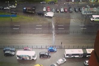 Затопленный Проспект Просвещения в Санкт-Петербурге