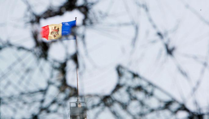 Двух российских журналистов задержали в Кишиневе