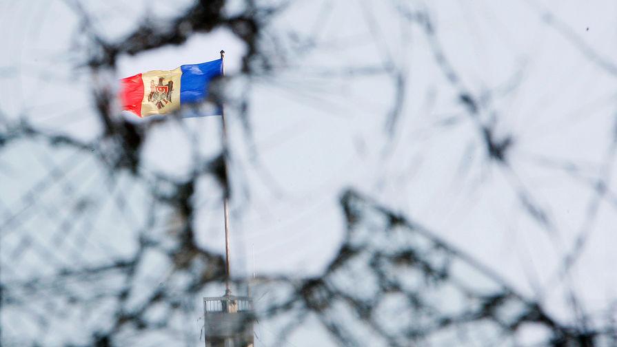 Лидер демпартии сбежал из Молдавии