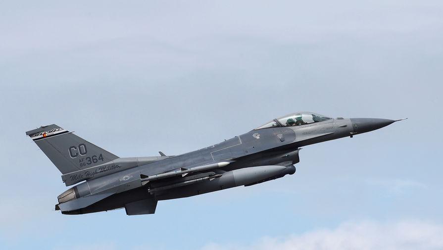Американский военный самолет пролетел над Россией