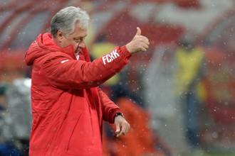 Теперь Ринат Билялетдинов работает в «Рубине» главным тренером на законных основаниях