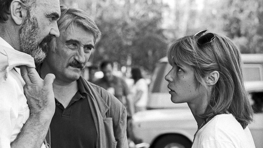 Вера Глаголева сколлегами-кинематографистами наXV Московском международном кинофестивале, 1987 год