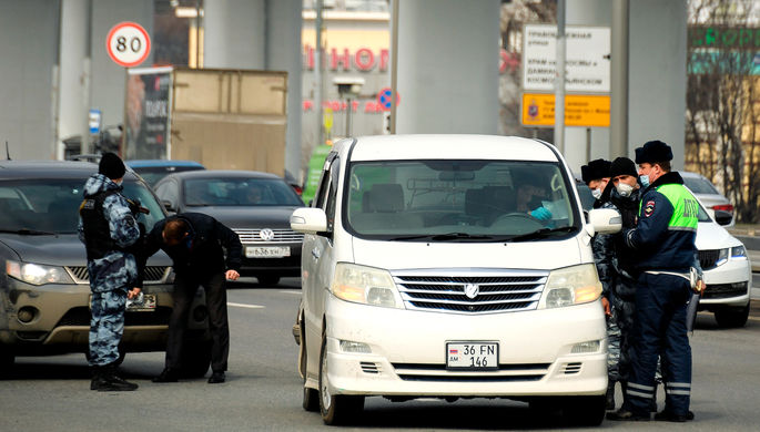 Без растаможки: автомобили на армянских номерах хотят узаконить