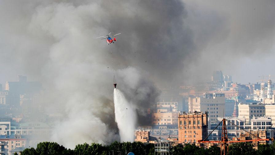 В центре Москвы сгорел склад пиротехники