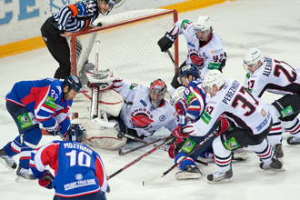 «Металлург» и «Авангард» выдали потрясающий четвертый матч серии