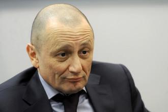 Александр Мейтин считает, что люди, вывесившие оскорбительный баннер, должны понести наказание