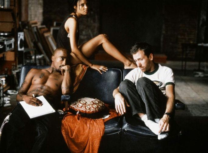 Тупак Шакур и Тим Рот в фильме «В тупике». Картина вышла уже после смерти Тупака в 1997 году