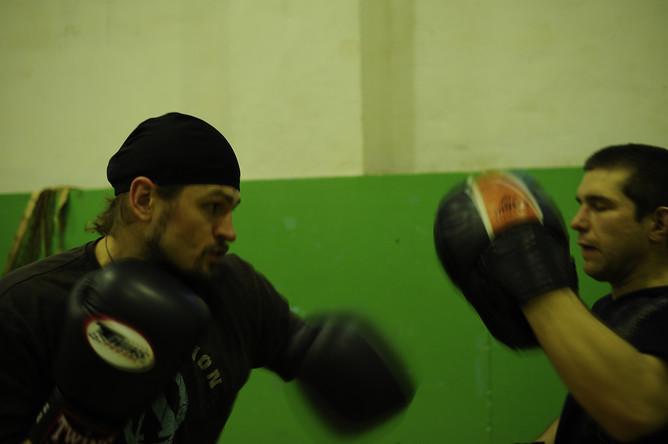 Священник-боксер отец Сергий Акимов утверждает, что бокс- это не мордобой, а искусство