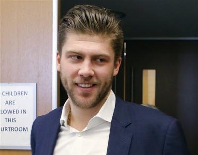 Состоялся суд над российским голкипером «Колорадо» Семеном Варламовым