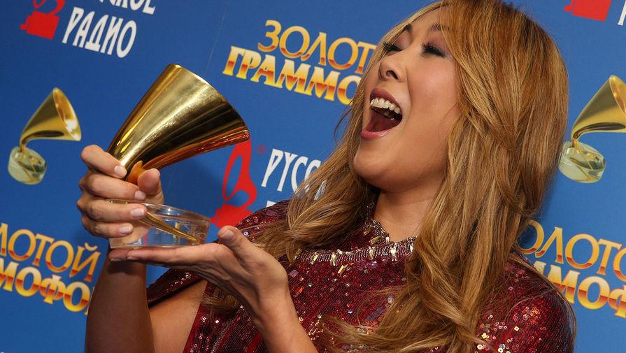 Певица Анита Цой на церемонии вручения ежегодной музыкальной премии «Золотой граммофон-2014»