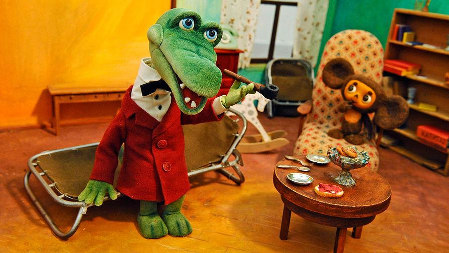 Куклы из мультфильма «Чебурашка и крокодил Гена» на выставке киностудии «Союзмультфильм», 2010 год