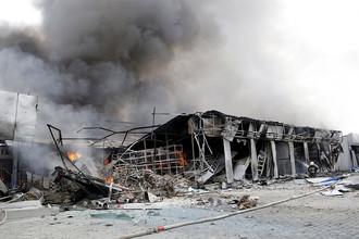 Обстрелянный рынок «Сокол» в Донецке