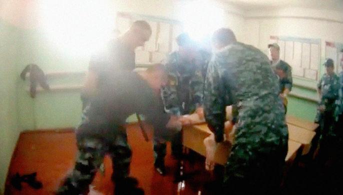 Дело о пытках: руководителей колонии оставили на свободе