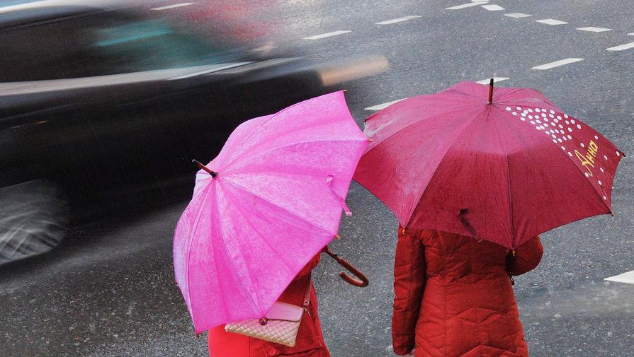 Москвичам пообещали сильные дожди