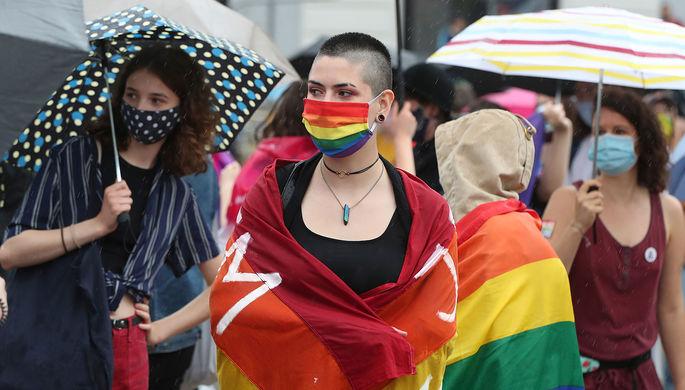 Депрессия и тревога: как пандемия ударила по ЛГБТ