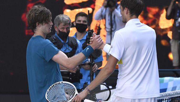 Российские теннисисты Андрей Рублев и Даниил Медведев в матче 1/4 финала Australian Open — 2021