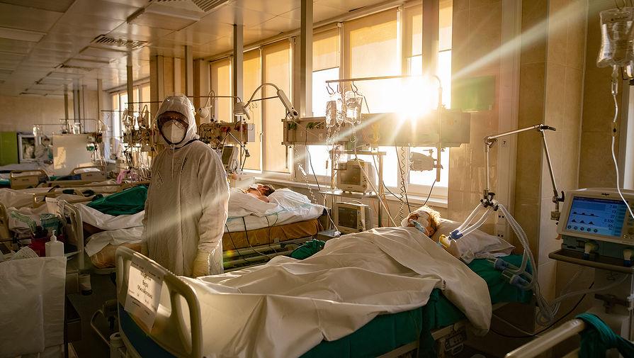 Число случаев коронавируса в мире превысило 110 млн