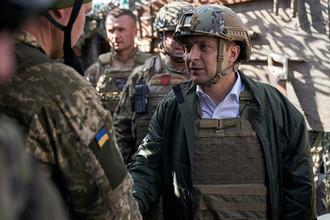 «Оружие убери»: Зеленский объяснил в Донбассе, что он не лох