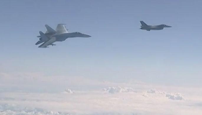 Британцев возмутил перехват российских самолетов над Балтикой, пишут СМИ